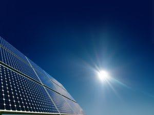Comwatt - Fabricant n°1 en FRance des box d'autoconsommation solaire