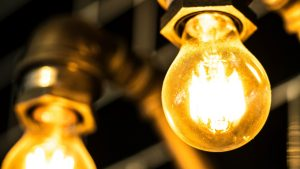 Connaître sa consommation électrique suffit pour économiser 23%