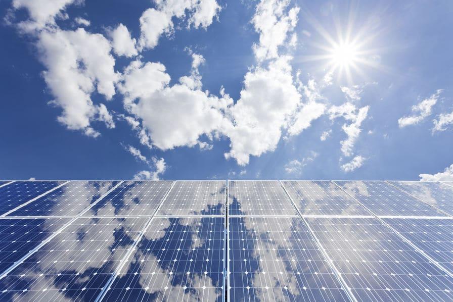 Les prévisions de Bloomberg New Energy : 50% d'ENR en 2050